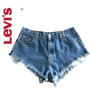 Levi's 560 Loose Fit Urban Renewal Jeans Shorts